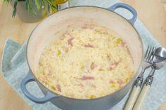 Heb je zin in risotto maar zit je niet op de hoeveelheid werk te wachten? Deze risotto uit de oven is appeltje eitje maar net zo lekker.