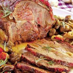 Pulpă de porc la tavă - Retete culinare - Romanesti si din Bucataria internationala New Year's Food, Good Food, Yummy Food, Beef Recipes, Chicken Recipes, Cooking Recipes, Whole Duck Recipes, Food Chemistry, Kebab