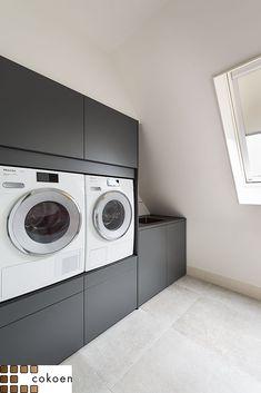 Laundry Closet, Laundry Room Storage, Laundry In Bathroom, Laundry Room Layouts, Laundry Room Design, Laundy Room, Dressing Room Closet, Laundry Solutions, Laundry Room Inspiration