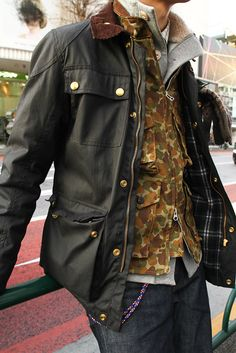 bounderscadclub: Love this pic! Barbour Mens, Barbour Jacket, Smart Jackets, Wax Jackets, Workwear Fashion, Mens Fashion, Jacket Outfit, Waxed Cotton Jacket, Leather Jackets