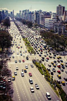 La Avenida 9 de Julio, Ciudad de Buenos Aires, Argentina