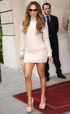 Jennifer Lopez Gets Leggy In Short Tight Dress - Jennifer Lopez - Zimbio