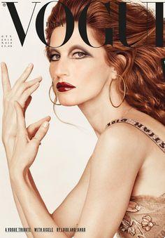 cbe378ef2094f Gisele Bündchen encarna Mina Mazzini na capa da Vogue Itália