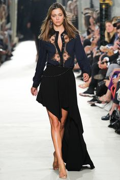 Alexis Mabille Spring 2015 Ready-to-Wear - Collection - Gallery - Look 1 - Style.com