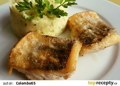 Candát pečený na másle Baked Potato, Mashed Potatoes, Catering, Sushi, Pork, Chicken, Meat, Baking, Ethnic Recipes