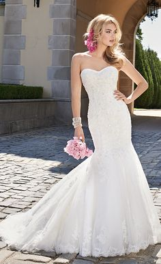 Strapless Applique Mermaid Bridal Dress #camillelavie