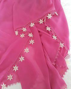 Yıldızlı yazma oyası Needle Lace, Salwar Kameez, Hijab Fashion, New Dress, Embroidery Designs, Shawl, Diy And Crafts, Mini Skirts, Saree