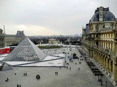 Na Janelinha para ver tudo: A história do  maior museu do mundo, o Louvre