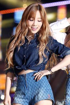 SNSD, Girls Generation TaeTiSeo Taeyeon: