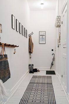 Scandinavian Interior Design: http://www.alvhemmakleri.se/hem-till-salu/obj17735...