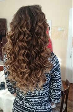 Bayalage,ombre, babylights, curly long hair
