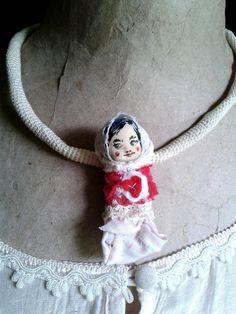 kleines Püppchen... von Galerie MIZUMI auf DaWanda.com