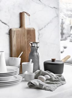 Only Deco Love: Cooking with Eva Solo - Nordic Kitchen. Home decor. Kitchen Vignettes, Kitchen Items, Diy Kitchen, Kitchen Decor, Kitchen Supplies, Nordic Kitchen, Scandinavian Kitchen, Home Decor Accessories, Kitchen Accessories