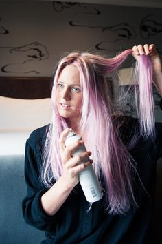 Pro Surfer Laura Enever Shares Her Go-to Hairstyles: Meet Australian-born, professional surfer, Laura Enever who, on top of winning championships, has *the* surfer girl look, and hair we have been trying to perfect for years (an extension of the fantasy we can mimic IRL). She's so cool she dabbles with temporary dyeing, occasionally sporting blue, purple, and pink hair. | coveteur.com