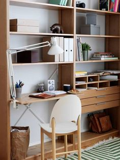 Since 1948 Lundia Oy has created furniture that evolves and adapts according to people's changing lives. Small Home Offices, Small Office, Quirky Decor, Home Organisation, Decorating Small Spaces, Room Interior, Interior Inspiration, Shelving, Wall Shelves