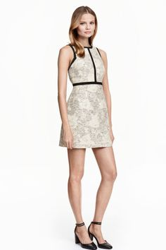 Jacquard-weave dress: Short, fitted sleeveless dress in a jacquard weave with decorative trims in a contrasting colour, pockets in the side seams and a concealed zip at the back. Lined. Peplum Dress, Dress Up, High Neck Dress, Short Dresses, Dresses For Work, Formal Dresses, Costume, Jacquard Weave, Style Guides