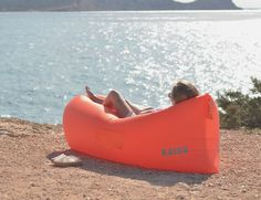 The KAISR Original is a super comfy, lightweight, easy to carry #lounge #chair, that inflates within seconds.
