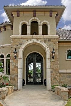 Tuscan Design - mediterranean - exterior - - by Diamante Custom Homes ~opulence, wealth and luxury Tuscan Style Homes, Mediterranean Style Homes, Tuscan House, Mediterranean Architecture, Mediterranean House Exterior, Stucco Exterior, Exterior House Colors, Exterior Design, Stucco Colors
