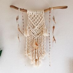 mix feathers/beads into macrame wall hanging Macrame Wall Hanging Diy, Diy And Crafts, Arts And Crafts, Macrame Design, Macrame Projects, Boho Diy, Macrame Knots, Wooden Art, Handmade Design