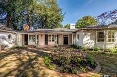 A lovely traditional: 10 Oak Drive, Orinda, CA 94563 | Orinda, CA Real Estate | Orinda, CA Home for Sale