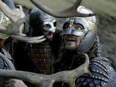 Gerard Butler and Tony Curran in Beowulf & Grendel Armadura Medieval, Light Film, Beowulf, Misty Forest, Gerard Butler, Anglo Saxon, Dark Ages, Queen, Medieval Fantasy