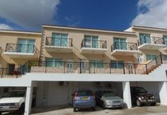 LATEST CYPRUS CLASSIFIED ADS - 2 Bedroom resale townhouse, Peyia