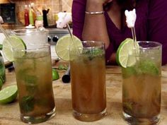 Get this all-star, easy-to-follow Food Network Gina's Brown Sugar Mojito recipe from Patrick and Gina Neely.