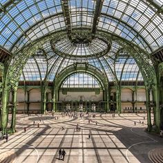 Did you know that the Grand Palais was built for the 1900 Exposition Universelle? Architecture Names, Paris Architecture, Russian Architecture, Unique Architecture, Victorian Architecture, Mykonos, Santorini, Velo Paris, Elysee Palace