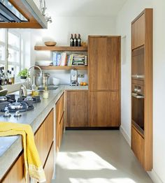 cocina-pequeña-marron