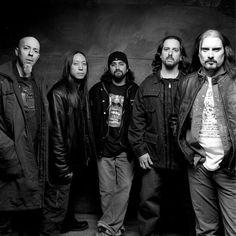 La Mejor formación que ha tenido Dream Theater, indescribible el talento de cada músico que hay en pantalla!