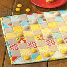Quilted Checker Board {Game Patterns} via @tipjunkie