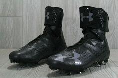 American Football Cleats, Premier Football, Football Equipment, Combat Boots, Under Armour, Soccer Uniforms, Football Team, Football Gear