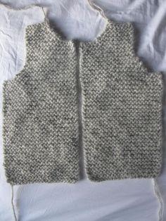 modèle gratuit tricot layette gilet sans manche | propos de ces visuels modèle tricot gratuit gilet sans manche ...