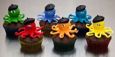 Octopus cupcakes... love these!