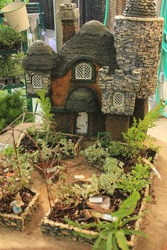 *(a garden in a faery garden!) I know this is a fairy house garden, but I love the layout for our garden. Fairytale Garden, Mini Fairy Garden, Fairy Garden Houses, Gnome Garden, Fairy Village, Gnome House, Fairy Doors, Miniature Fairy Gardens, Fairy Land