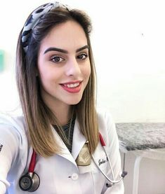 Female Doctor, Medical Students, Pilots, Work Outfits, Hair Inspiration, Hairstyles, Board, Fashion, Med Student