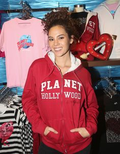Miss Universe 2018 Catriona Gray of the Philippines visits Planet Hollywood Times Square on February 2019 in New York City. Get premium, high resolution news photos at Getty Images Gray Instagram, Filipina Beauty, Planet Hollywood, Beauty Pageant, Philippines, New York City, Planets, Times Square, Curly