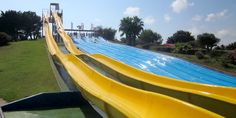 Kamikaze http://costa-dorada.aquopolis.es/en-el-parque/atracciones/kamikaze/