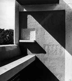 Le Corbusier Lucien Herve la Cite Radieuse Marseille - Hotels We Love Architecture Ombre, Shadow Architecture, Architecture Design, Santiago Calatrava, Le Corbusier Marseille, Mondrian, Zaha Hadid, Herve, Frank Gehry