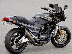 Racing Cafè: Kawasaki GPZ 900 R RCM-226 by Red Eagle Sanctuary
