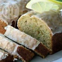 Lemon courgette cake: doesn't use much of the glut - one medium size courgette - but utterly scrummy and if you use 1 cal spray on the tin pro points, so perfect after a long weekend walk Courgette And Lemon Cake, Courgette Cake Recipe, Lemon Zucchini Bread, Lemon Bread, Courgette Bread, Vegan Zucchini, Zucchini Cake, Baking Recipes, Cake Recipes