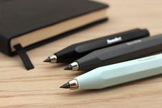 The Skyline Sport Clutch Pencil features Kaweco's signature octagonal body, giving it a sporty and compact style that is just as attractive today as when the Sport line was first created years ago. This clutch pencil is perfect for writing, sketching, and drawing, especially with soft leads.