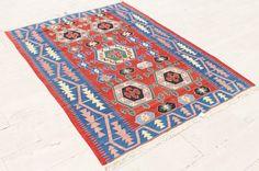 Tapis Kilim turc 77'' x 101'' à la main tissé Oushak Vintage Kelim Oriental 197x259cm par SirvanRugStore sur Etsy https://www.etsy.com/fr/listing/501773180/tapis-kilim-turc-77-x-101-a-la-main