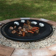 Round Outdoor Fire Pit Cooking Grill in Black
