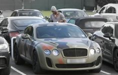 Balotelli Bentley camouflage