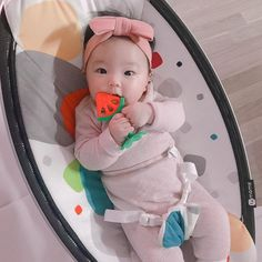Cute Asian Babies, Korean Babies, Asian Kids, Cute Babies, Baby Kids, Cute Baby Girl Pictures, Ulzzang Kids, Baby Girl Photography, Baby Shark