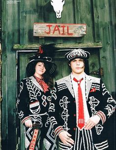 The White Stripes-- i miss them as a band! they used to put on the best live shows