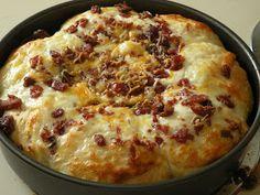 Accidentally Wonderful: Cheesy Bacon Pull-Apart Bread