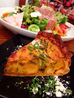 Bistro cosicosi❤︎ Today's Dinner❤︎ date❤︎2015.3  ⋈生ハムのサラダ  ⋈エビと菜の花のキッシュ  〜カレー風味〜