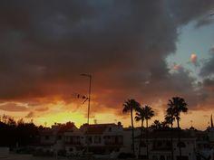 Desde las Islas Canarias  ..Fotografias  : Meteo....Amaneciendo en Maspalomas Sur de Gran Can...